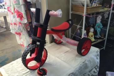 lovely  三輪車  かっこいい!福祉の駅で見つけました!